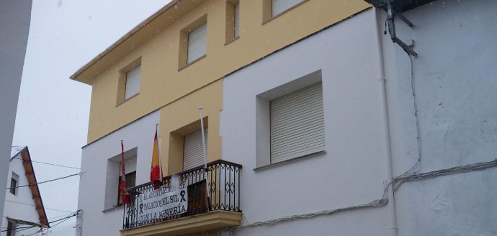 El Procurador del Común pide a Palacios del Sil la retirada de los nombres franquistas de las calles