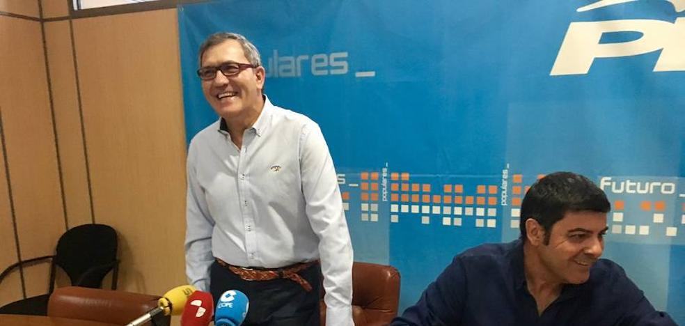El PP de Cacabelos acusa al equipo de gobierno de no defender los intereses públicos