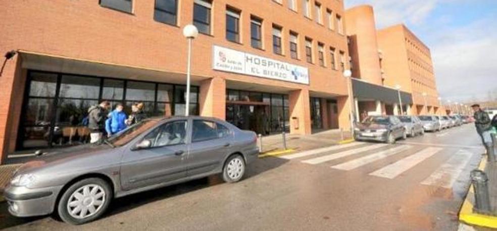 El Hospital del Bierzo invierte 95.000 euros en la compra de un ecógrafo de altas prestaciones