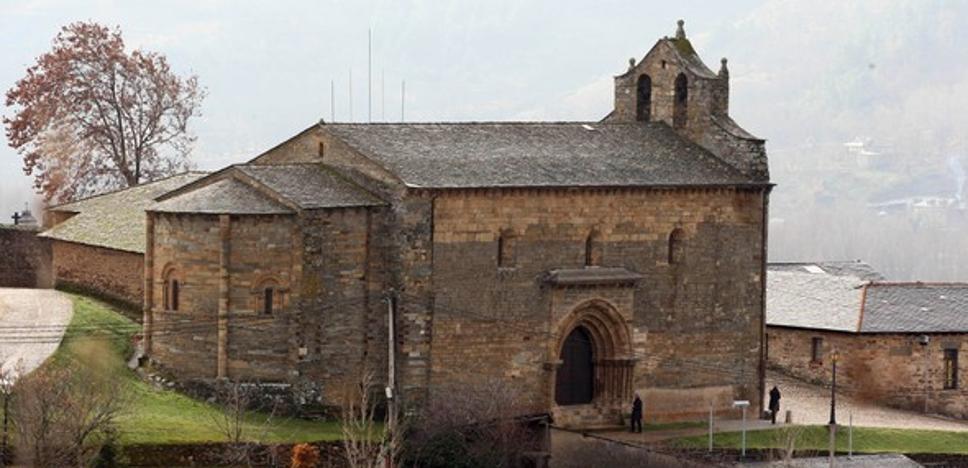 C's ve necesaria una intervención inmediata para evitar la ruina de la iglesia de Santiago en Villafranca