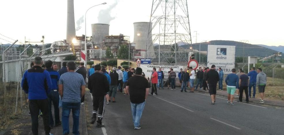 Los trabajadores de Minera Astur Leonesa exigen a Endesa que cumpla el Plan del Carbón