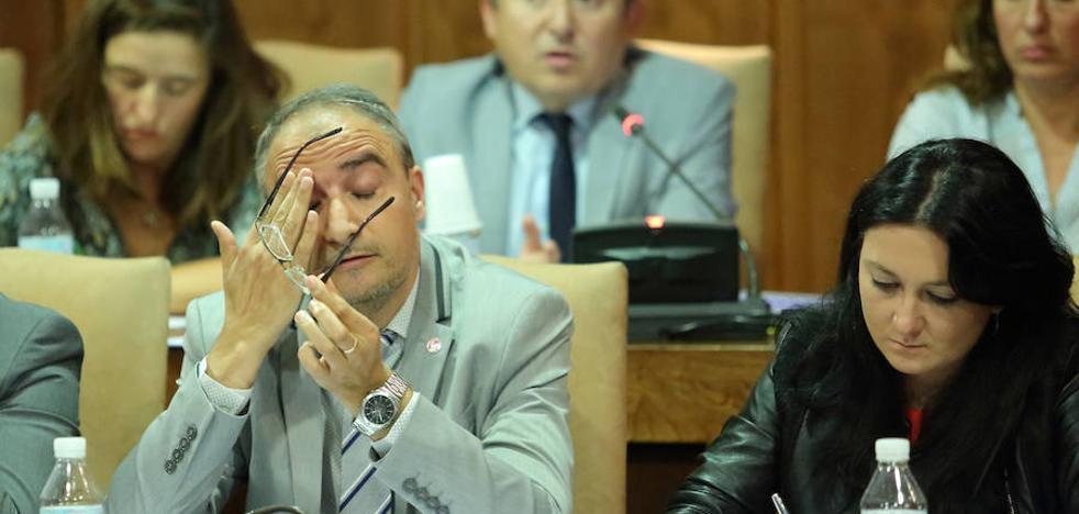 El PSOE presenta una moción para pedir un nuevo modelo de salarios «decentes»