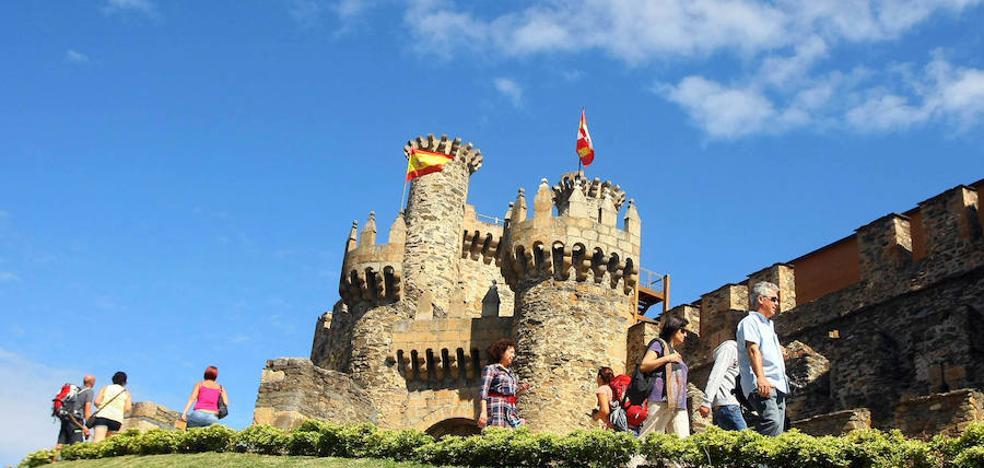 Nuevo récord de visitas al castillo y los museos de Ponferrada durante el puente