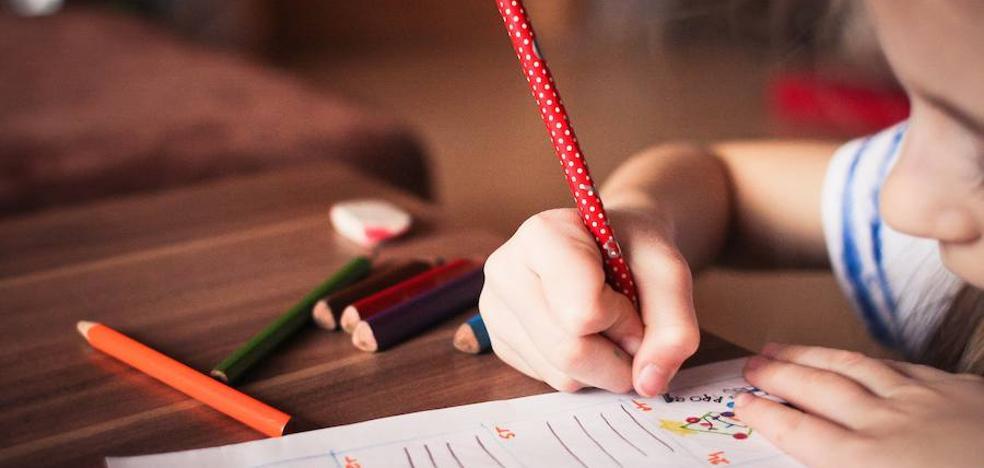 Ponferrada destina 600 euros a premiar los mejores cuentos de Navidad escritos por los jóvenes