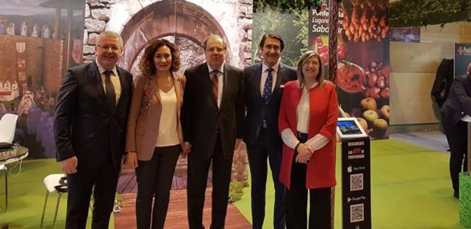 Ponferrada cierra en Fitur acuerdos con Noruega y Japón para desarrollar proyectos turísticos en común