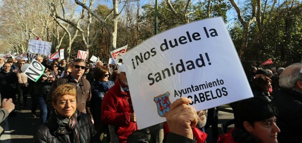 La plataforma sanitaria cree que la «lamentable» situación de la sanidad en la comarca obliga a la dimisión del consejero