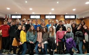 Alumnos del Colegio La Asunción visitan el Ayuntamiento de Ponferrada