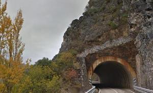 Puente traslada a Fomento la necesidad de acometer una «reparación integral» de la N-536 para garantizar la seguridad