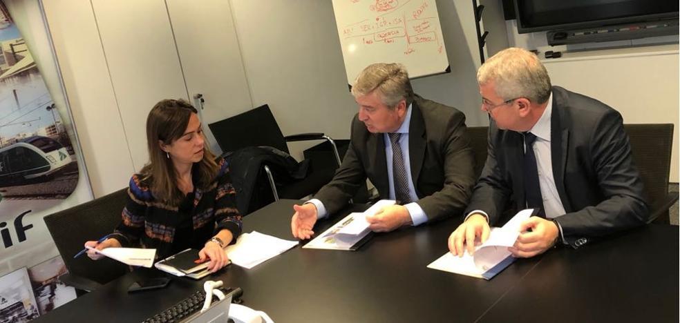 Carracedelo solicita medidas a ADIF para solucionar los problemas del Azarbe del Balín en Villadepalos