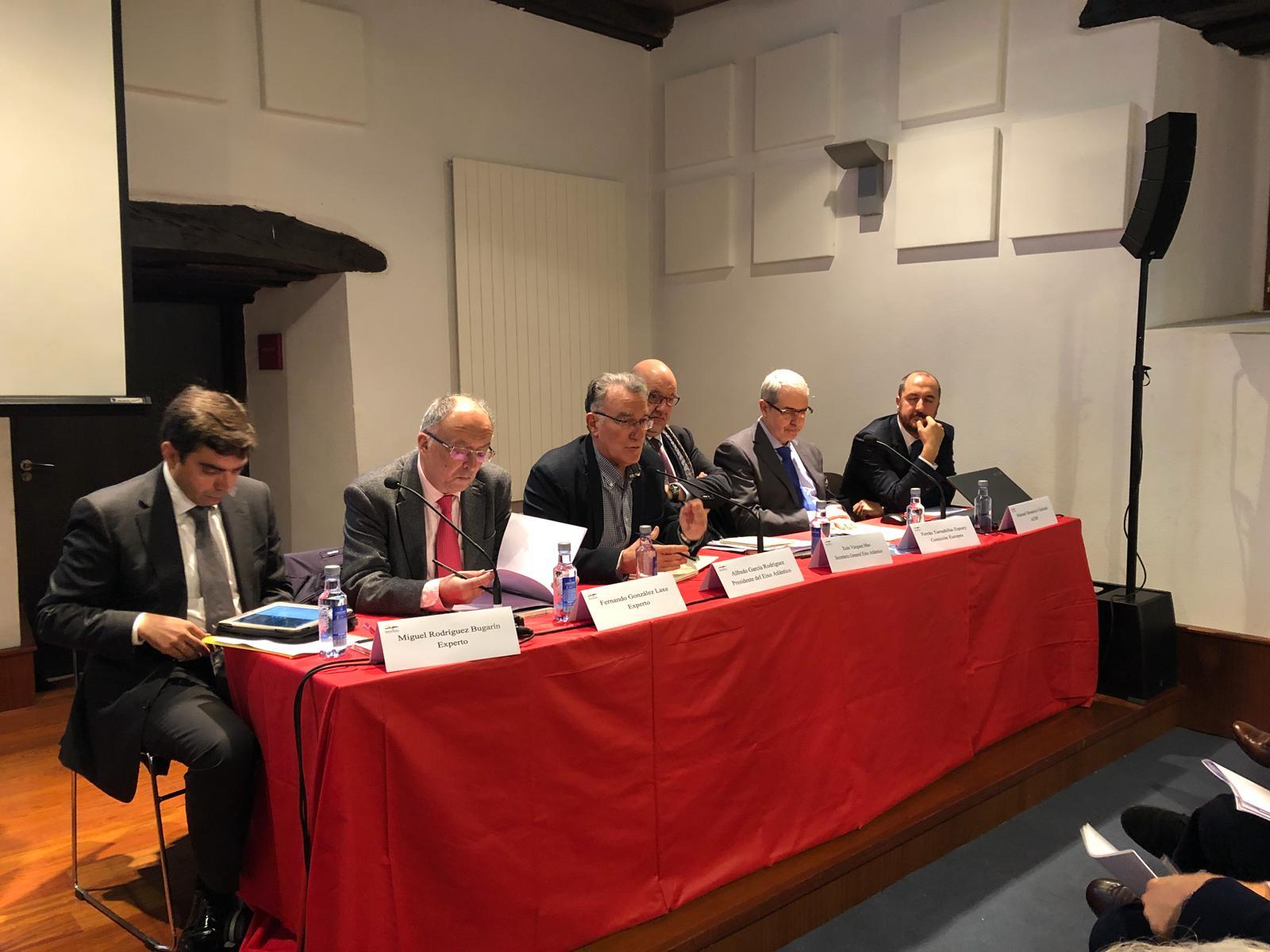 Reunión en O Barco sobre la línea ferroviaria Monforte-Palencia