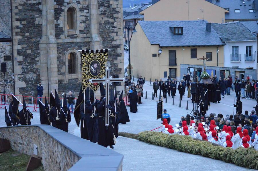 Vía Crucis Penitencial al castillo