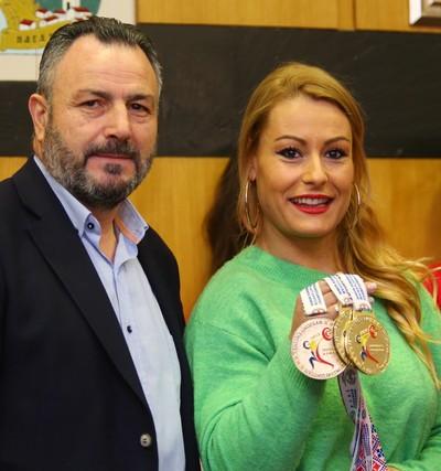 Recepción del Ayuntamiento de Camponaraya a Lydia Valentín