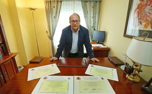 Eduardo Fernández, cuando política y estudio no están reñidos
