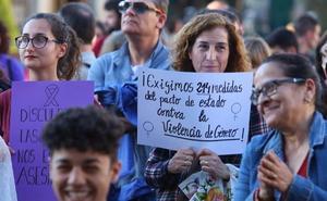 Decenas de voces exigen en Ponferrada más fondos contra la violencia de género