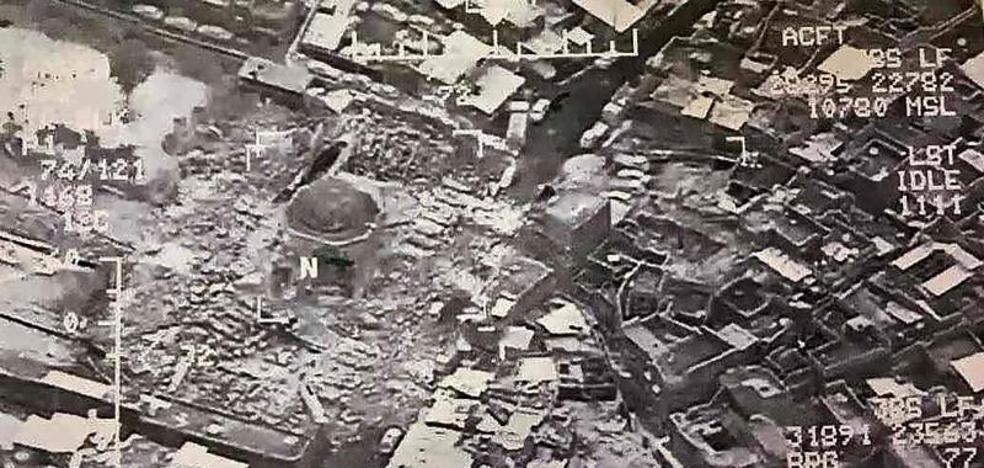 El Dáesh destruye la mezquita desde la que proclamó su 'califato'