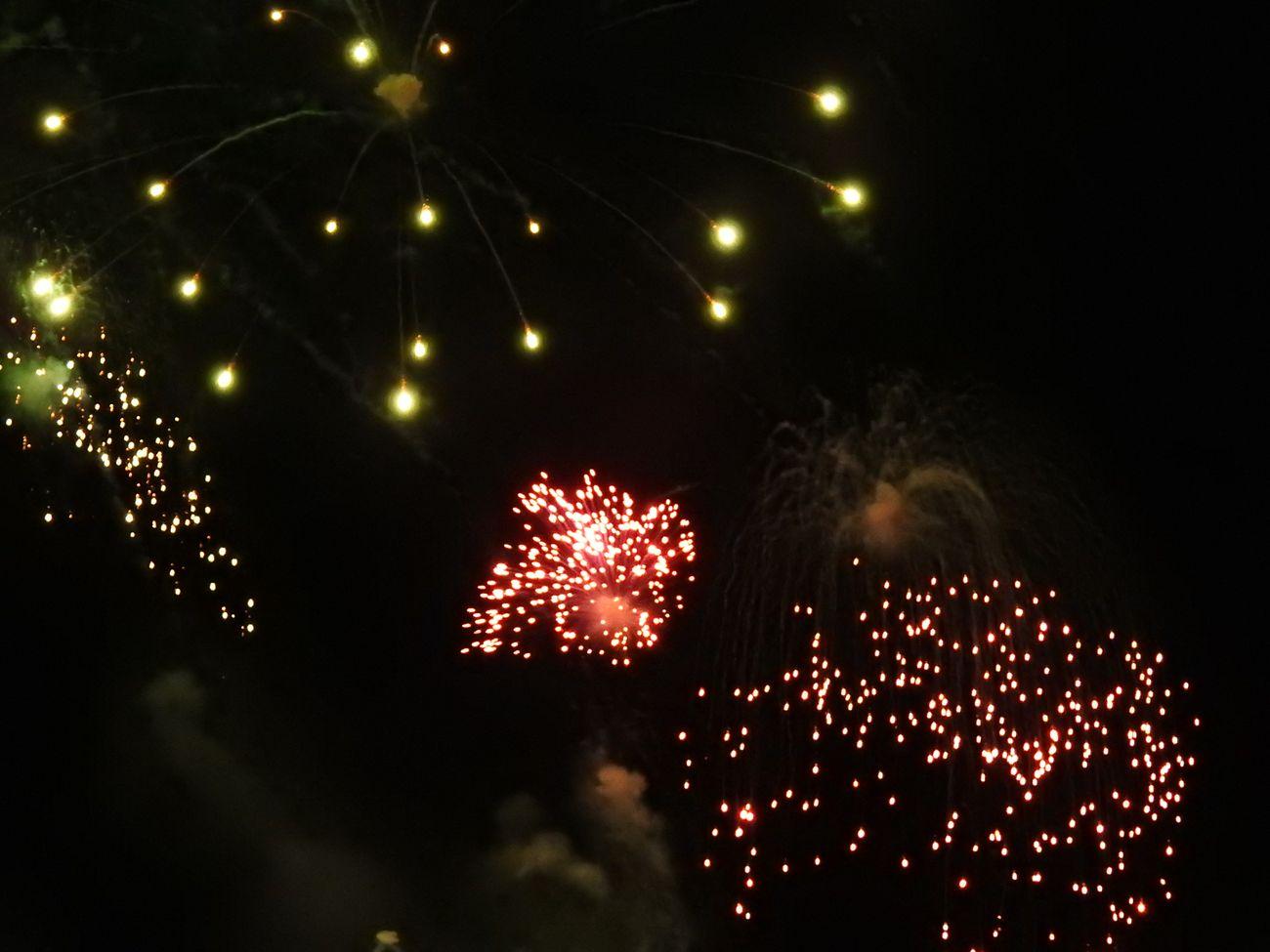 Las mejores imágenes de los fuegos artificiales de San Juan (I)