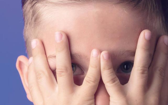 La delgada línea entre la timidez normal y la enfermiza