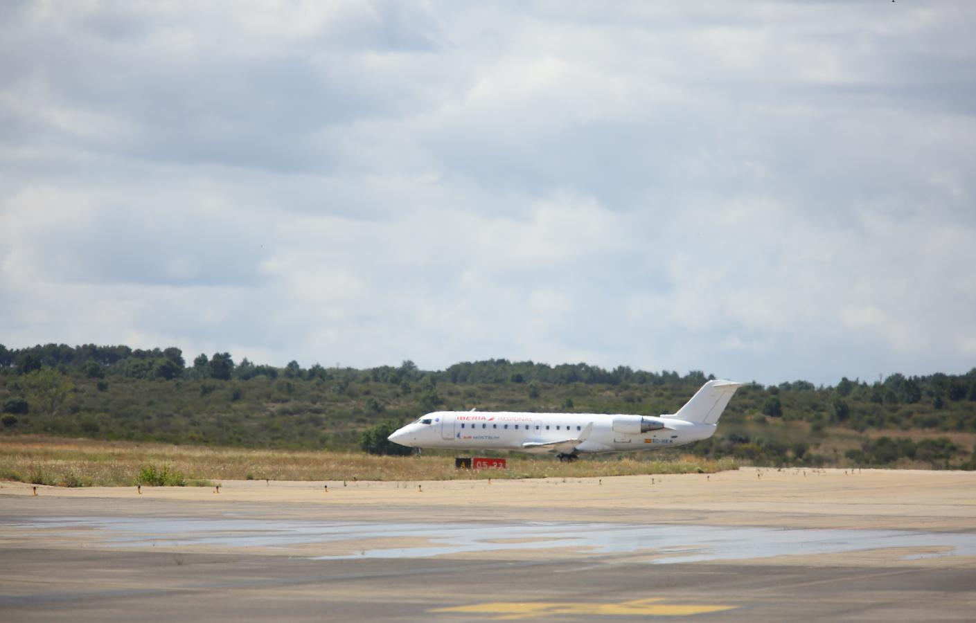 Presentación de la campaña de verano de vuelos desde el Aeropuerto de León