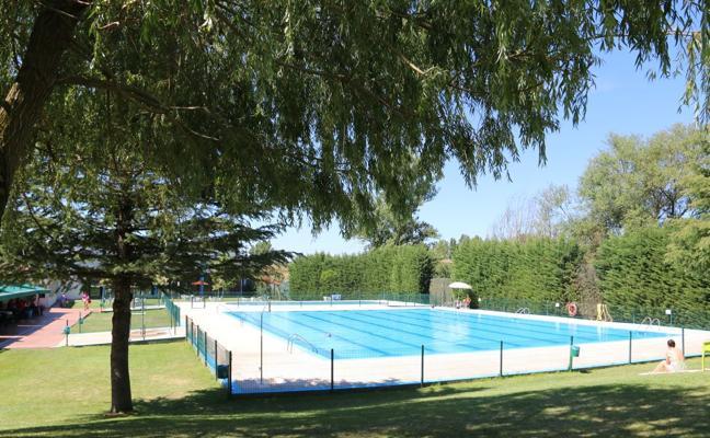 Unas piscinas siempre a la temperatura ideal en Valverde de la Virgen
