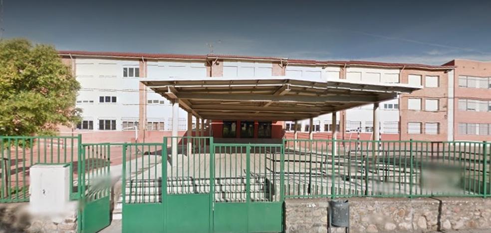 La AMPA del 'Señor de Bembibre' denuncia que 12 alumnos fueron rechazados tras elegir el centro como primera opción