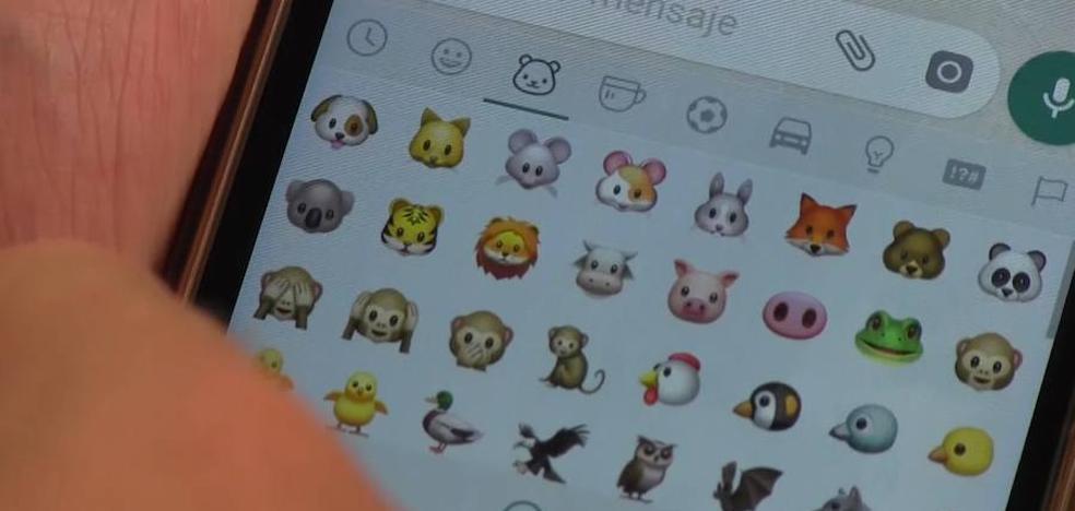 León se apunta a los emojis