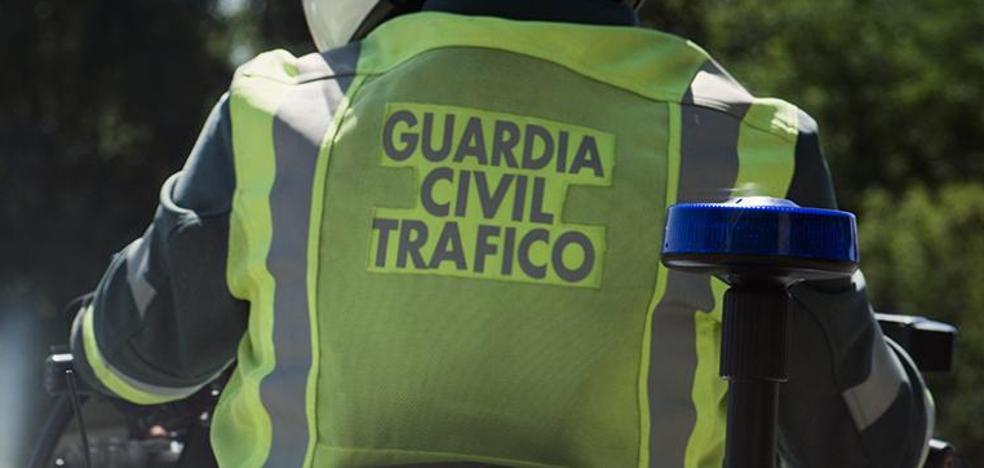 La Guardia Civil detiene a tres jóvenes por carreras ilegales entre Molinaseca y Riego de Ambros