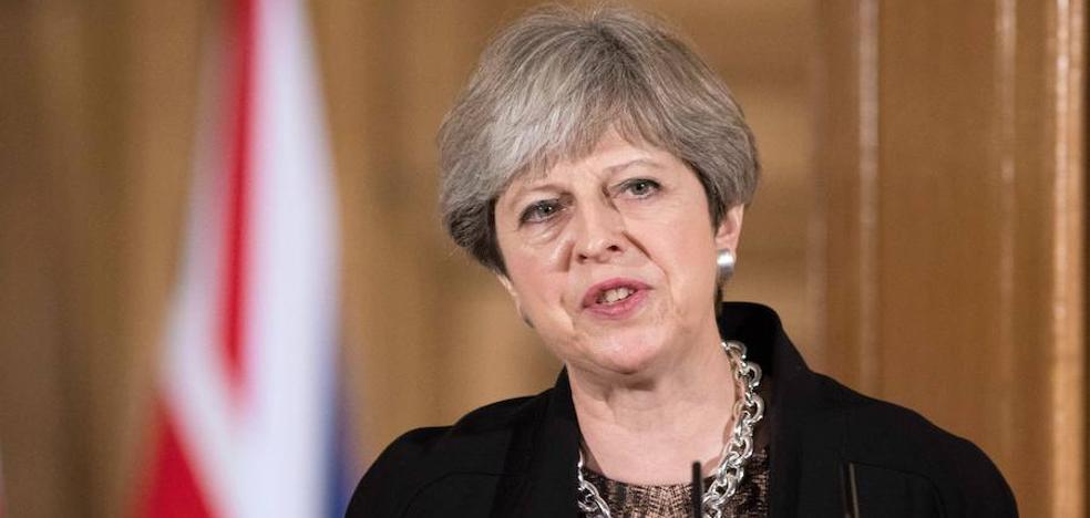 May apoyaría la libre circulación durante dos años tras el 'Brexit'