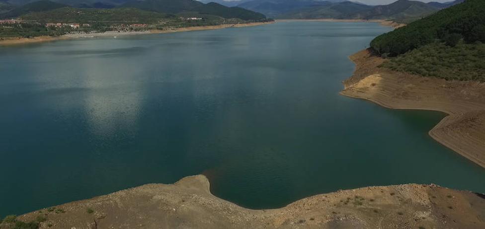 El campo leonés advierte de que no cederá «ni un litro más de agua» de Riaño a Valladolid y Palencia