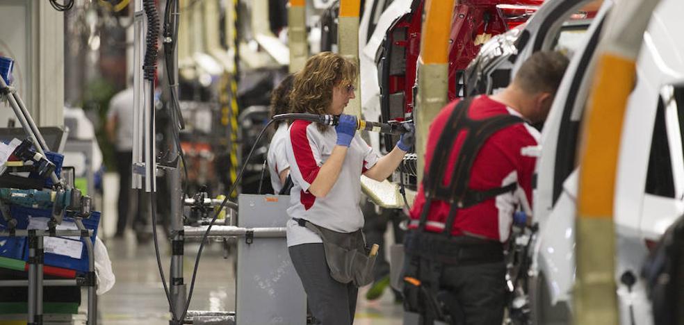 La producción semestral de vehículos retrocede un 3,5%