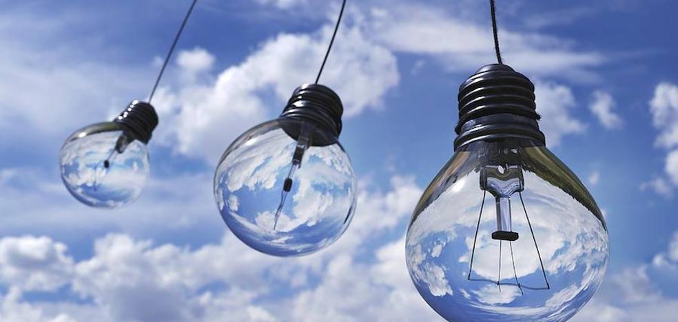 La fortaleza del carbón y el gas en el mix energético contiene la subida de la luz