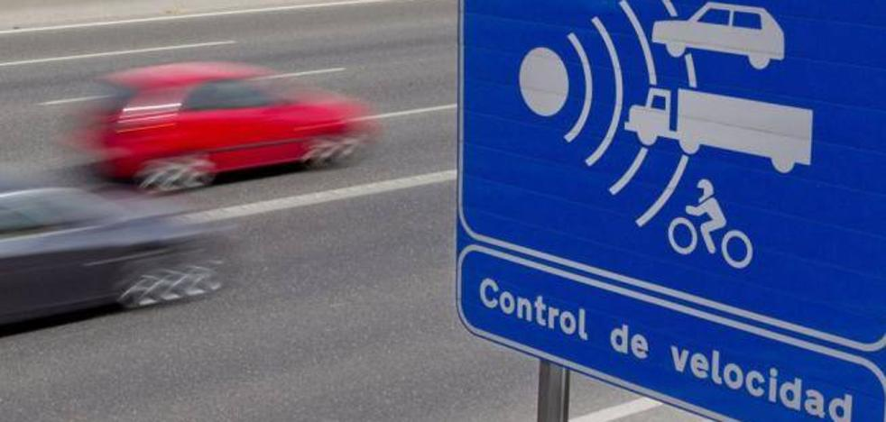 La DGT instalará guías sonoras en las carreteras de León para «evitar» las distracciones de los conductores
