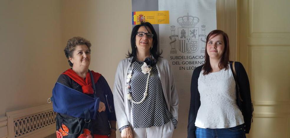 Teresa Mata recibe a la Asociación de Sarcoidosis de León para mostrar su apoyo a los afectados