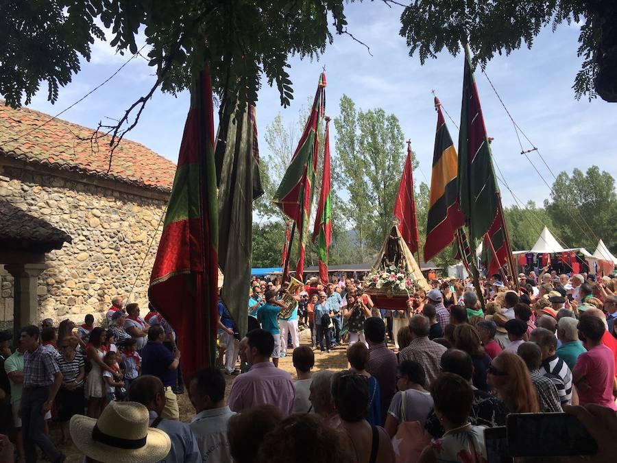 La Virgen de Boinas 'regresa' a su ermita
