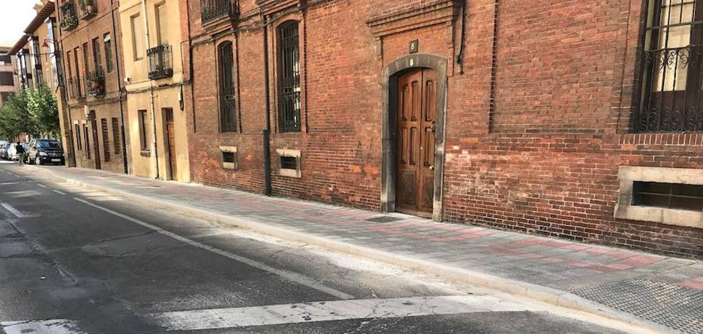 El Ayuntamiento de León prevé que el Plan de Aceras, ejecutado en un 60%, se finalice en otoño