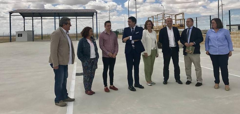 El nuevo Centro de Transportes en Paredes de Nava contribuirá a dinamizar la actividad económica