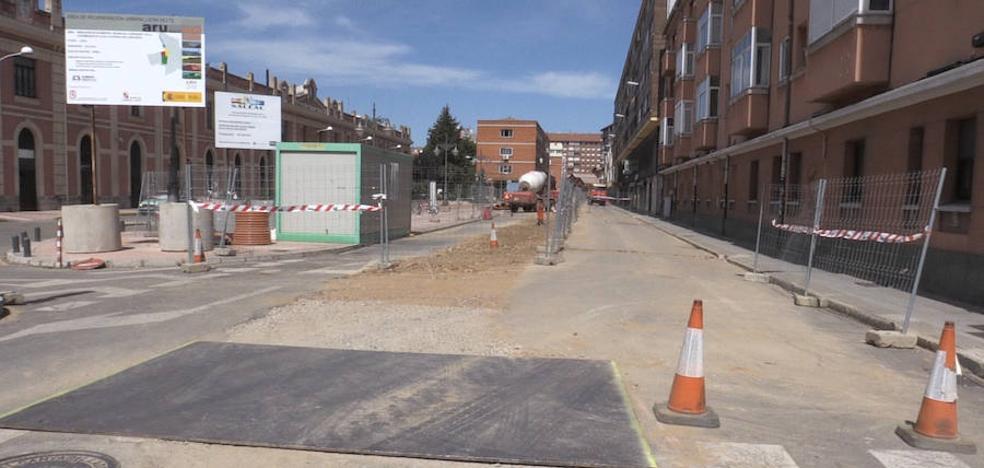 El Ayuntamiento de León remarca la visibilidad de la integración a través de las obras en la calle Astorga