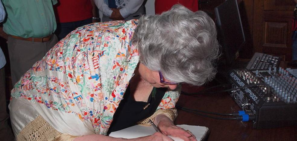Olga Cavero, pregonera de las fiestas de La Alberca en Salamanca