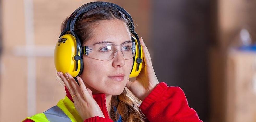 CSIF aboga por la presencia de la mujer en todos los ámbitos laborales de la administración pública