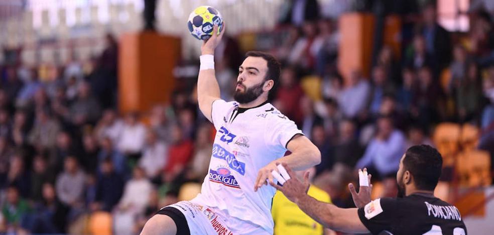 Ademar presenta su proyecto de Liga de Campeones ante el Oporto