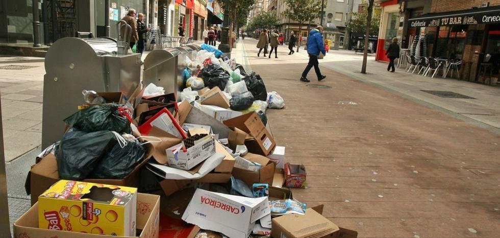 Ponferrada afronta desde este lunes una huelga en el servicio de recogida de basura