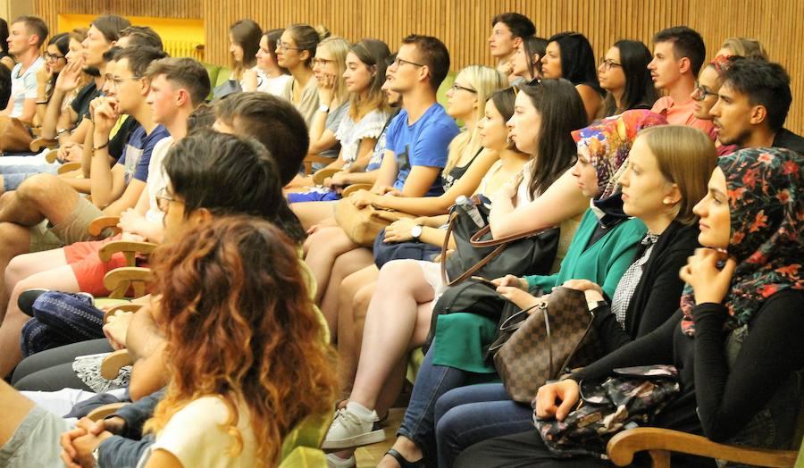 La ULE inaugura un curso de español para alumnos extranjeros