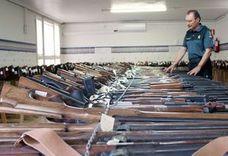 La Guardia Civil de León subastará 213 armas cortas, largas rayadas y escopetas