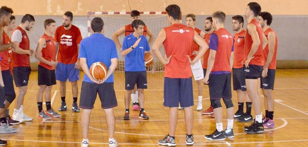 Rodrigo Cachón se incorpora al primer equipo de Agustinos