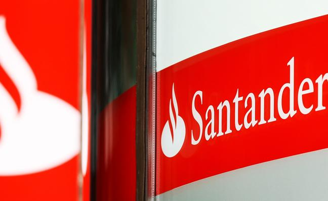 Condenan al Santander a devolver 600.000 euros a un matrimonio de jubilados por la venta de valores