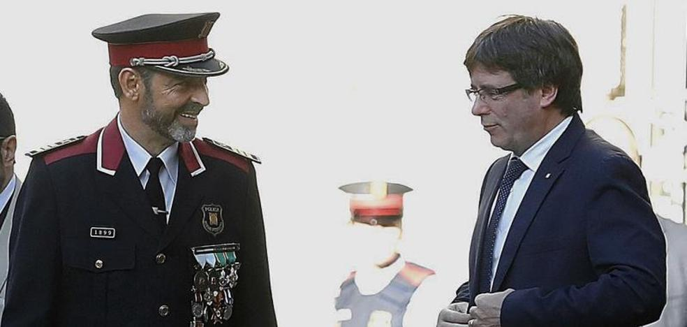 Los Mossos acatan la orden de la Fiscalía y ya investigan el referéndum