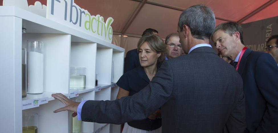 García Tejerina advierte de que «sin agricultores no hay industria agroalimentaria»