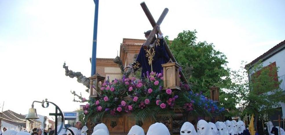 A ritmo de cornetas y tambores, Las Tres Caídas realizará la Exaltación de la Cruz