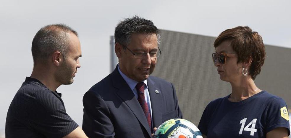 """Bartomeu: «No tenemos prisa para la foto de la renovación de Messi"""""""