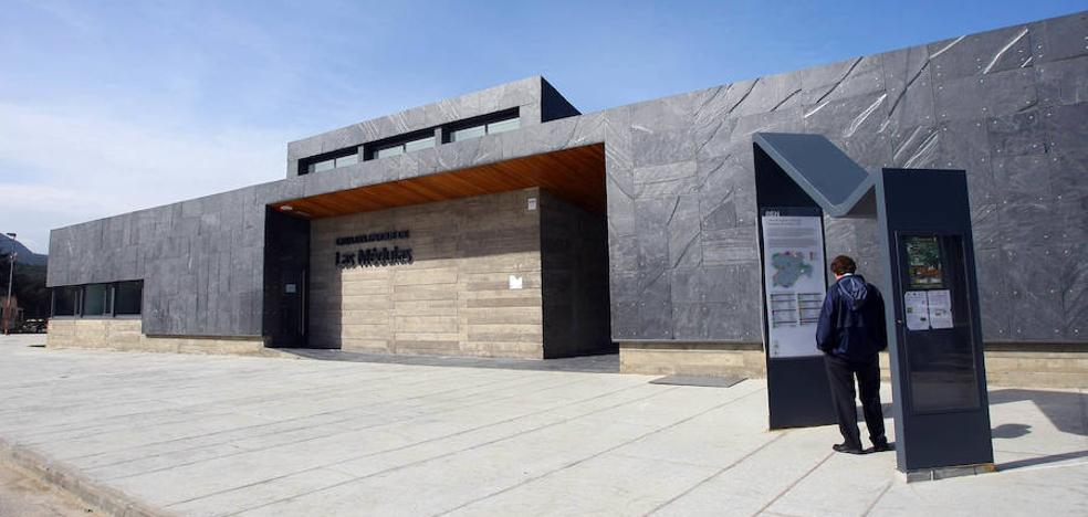 Las Casas del Parque de León programan rutas, exposiciones y la escucha de la berrea el mes de septiembre