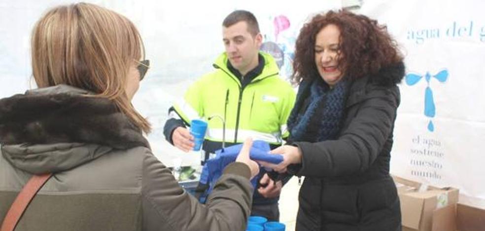 Dos familias de León solicitan la ayuda del Fondo Social para el pago de alcantarillado y agua